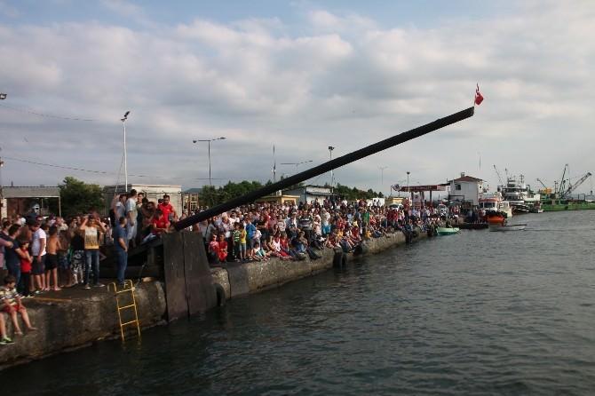 Kabotaj Bayramı'nda Balıkçılardan Belediye Başkanına 'Ödül' Tepkisi