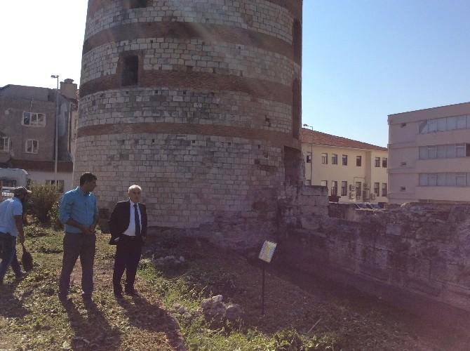 Makedon Kulesi'nin Tadilat Çalışmaları Sürüyor