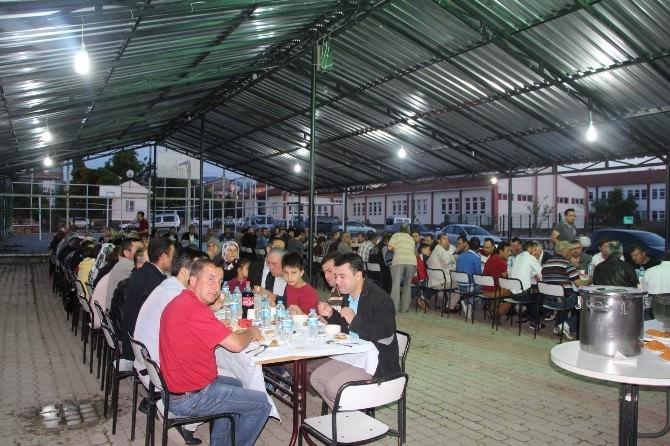 Belediye Çalışanları İftar Yemeğinde Buluştu
