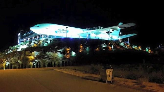 1 Milyon Euro'ya Yapılan Uçak Restoran Hizmete Giriyor