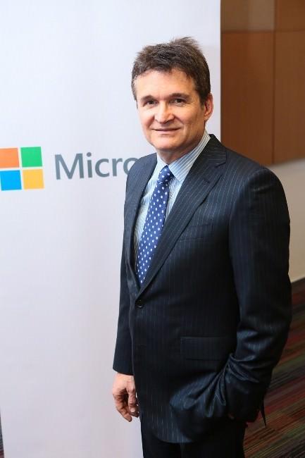 """Microsoft İngiltere Genel Müdürü Özmen: """"Türk Şirketlerini İngiltereye Taşımak En Büyük Hedefim"""""""