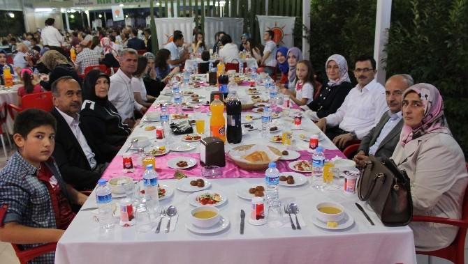Yenişehir AK Parti İftarda Bir Araya Geldi