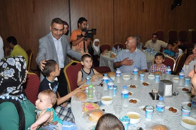 Başkan Çelikcan, Gazi Ve Şehit Ailelerine İftar Verdi