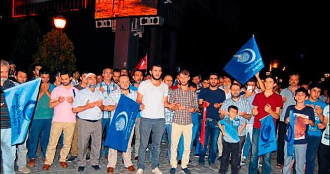 Doğu Türkistan'daki zulme İzmir'den tepki