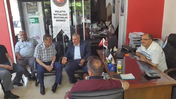 Milletvekili Şahin, Battalgazi Muhtarlar Derneği'ni Ziyaret Etti