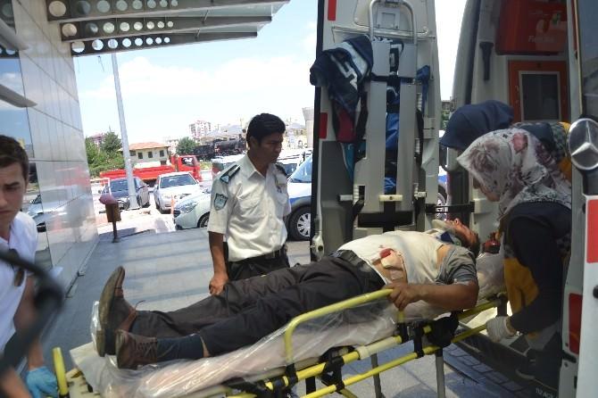 Araç Park Etme Tartışması Kanlı Bitti: 1 Yaralı