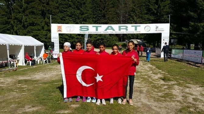 Gedizli Atlet Özlem Özdemir Bulgaristan Dünya Dağ Koşusunda Dördüncü Oldu