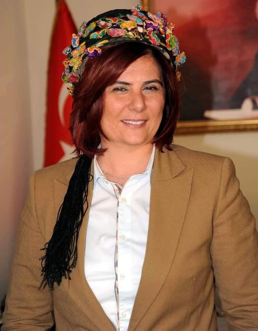 Başkan Çerçioğlu, Uygur Türklerine Kucak Açtı
