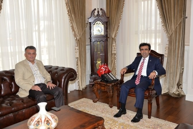 Rize Valisi Yazıcı, Kocaeli Valisi Güzeloğlu'nu Ziyaret Etti