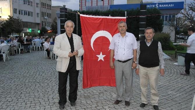 Türk Ocakları'ndan İftar Yemeği