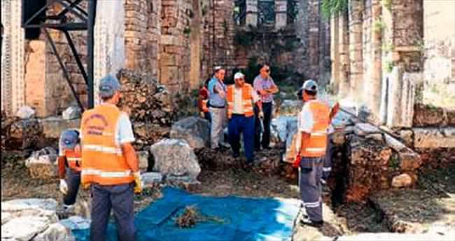 Kesik Minare'de temizlik harekatı