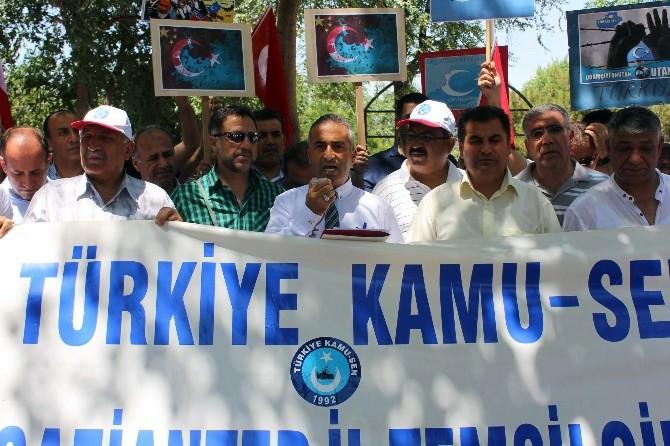 Doğu Türkistan Müslümanları Unutulmadı