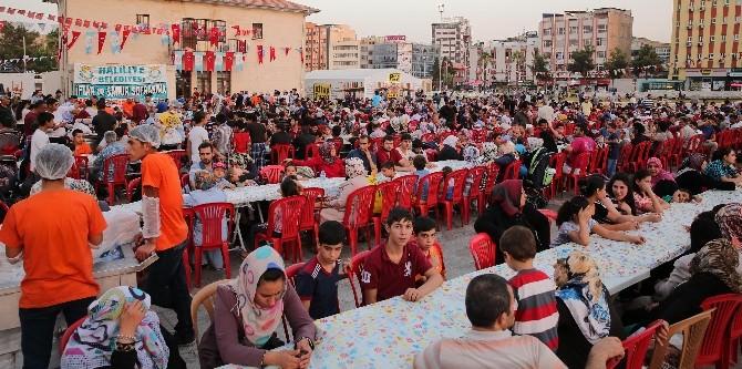 Haliliye Belediyesi'nin İftar Ve Sahur Sofrası Dolu Dolu Geçiyor