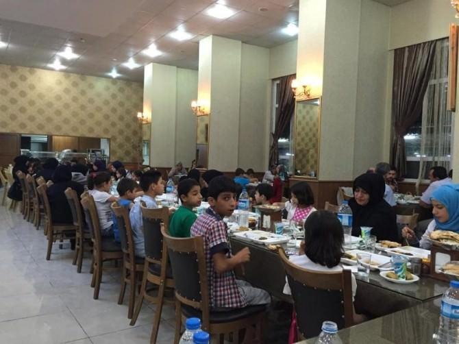 Vali Tapsız, Yetim Çocuklarla İftarda Buluştu