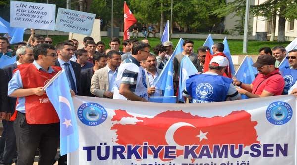 Türkiye Kamu-sen Bilecik İl Temsilciliğinden Doğu Türkistan Zulmüne Protesto