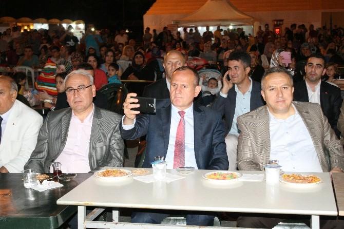 Vali Ve Başkan Ramazan Sokağında