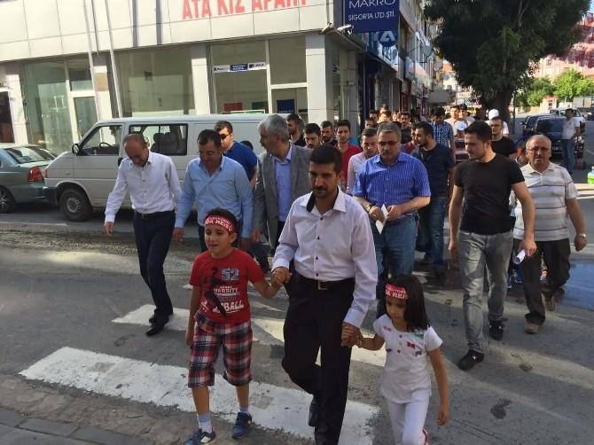 Niğde'de Doğu Türkistan İçin Protesto Yürüyüşü