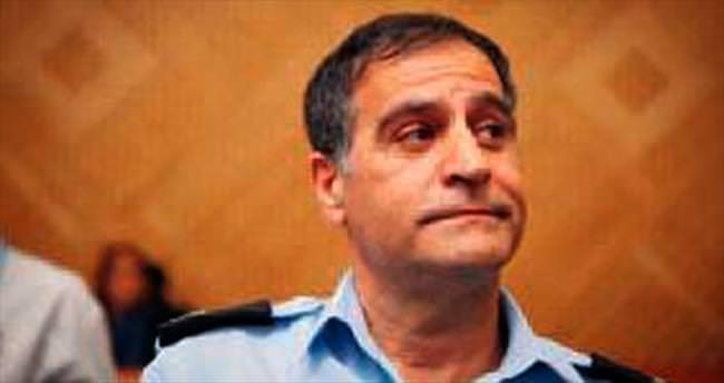İsrail'de ünlü polis intihar etti