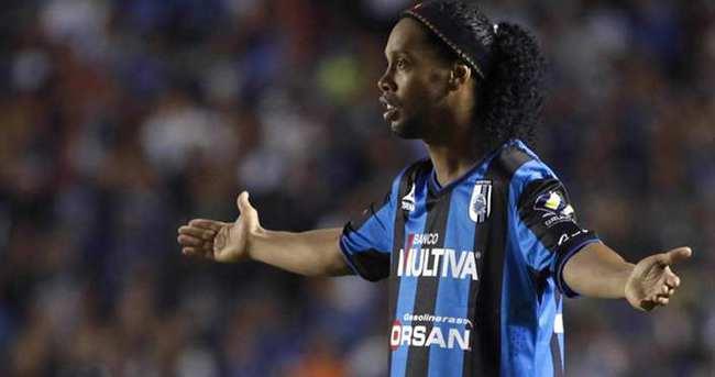 Antalya'ya Ronaldinho şoku!