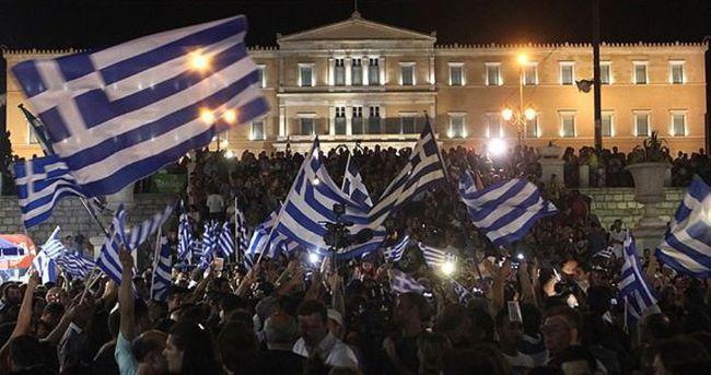 Yunanistan yapılandırma ve saç tıraşı istiyor
