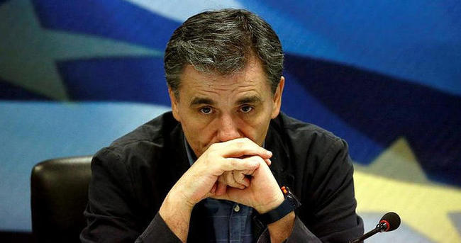 Yunanistan'da yeni Maliye Bakanı Çakalotos oldu