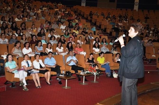 Aydın'da Okul Öncesi Öğretmenleri İçin Seminer Verildi