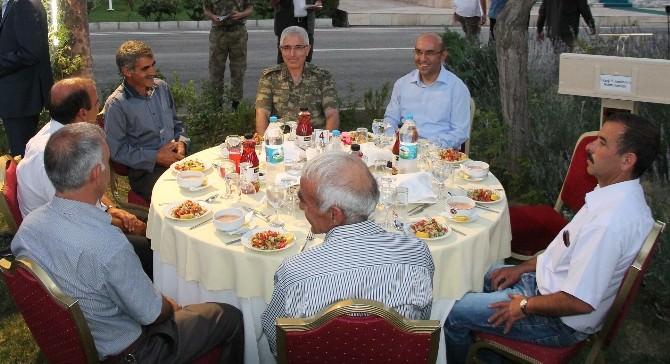 Komutanlar Geçici Köy Koruyucularıyla Bir Araya Geldi