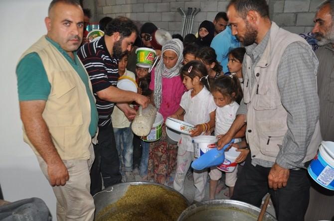 Suriyelilere İftar Yemeği