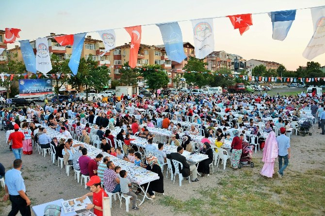 Ramazan Ayının Güzellikleri Körfez'de Yaşanıyor
