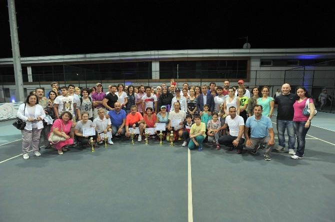Tenis Mixed Doubles Sona Erdi