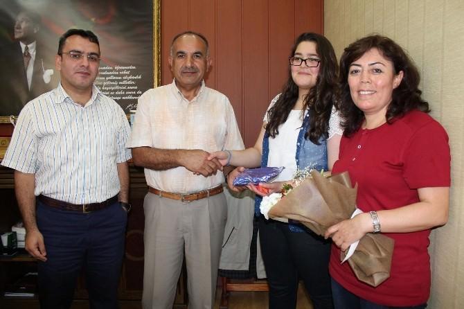 Sungurlu'da Başarılı Öğrencilere Ödül