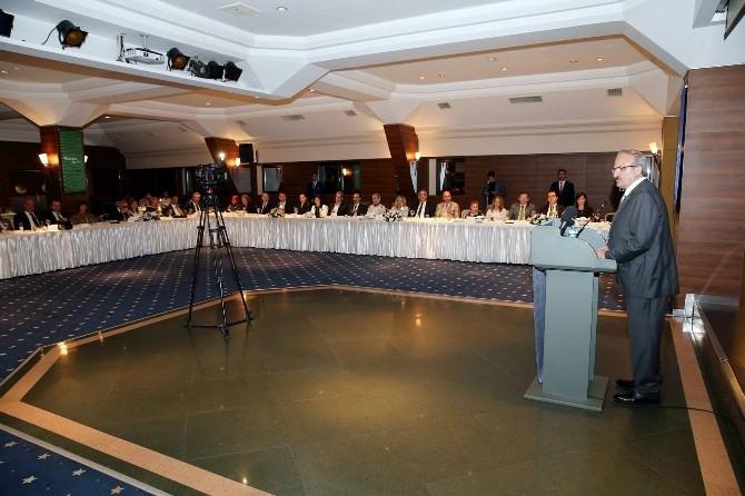 Bursa'dan Ayrılan Vali Yardımcısı Ve Kaymakamlar İftar Yemeğinde Buluştu