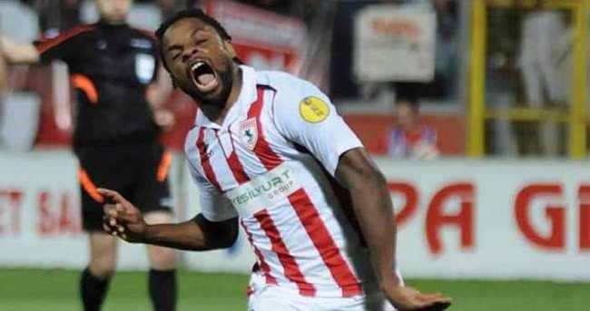 M'Billa Antalyaspor'a imzayı attı