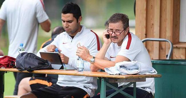 Tanman'dan Sneijder ve Maxi Pereira açıklaması
