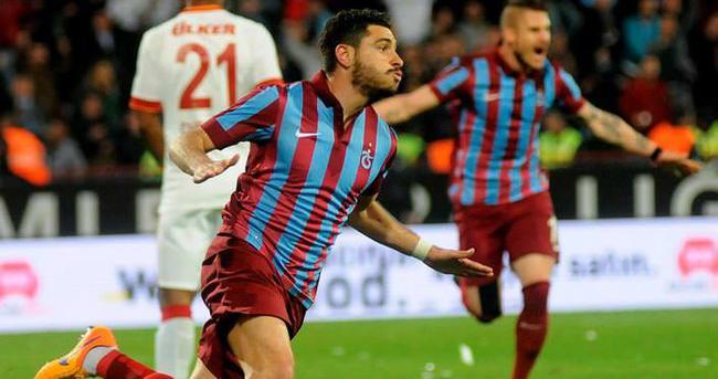 Özer Hurmacı'dan Trabzonspor'a 3 yıllık imza