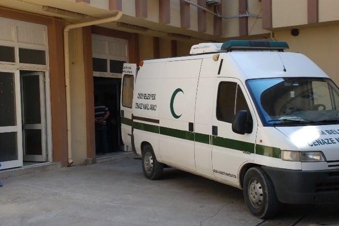 Didim'de Kaçakları Taşıyan İki Bot Battı: 1 Ölü, 14 Yaralı