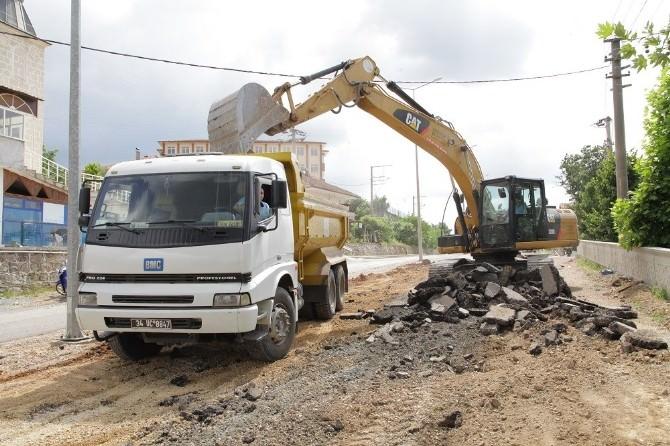 Mahmut Çavuş Caddesi'nin İkinci Etabı Yapılıyor