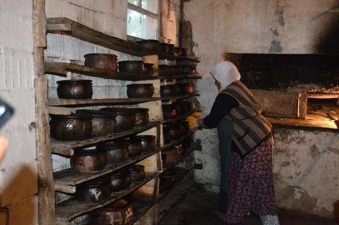 İskilip'te Ramazan'da Keşkek Geleneği Sürüyor