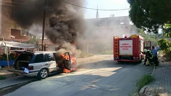 Araç Yangını Güçlükle Söndürüldü