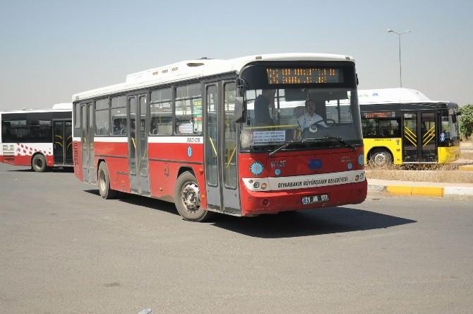 Diyarbakır'da Toplu Taşıma Araçlarının Koltukları Yenilendi