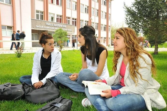 Erciyes Üniversitesi'nden Başarıya Tam Destek