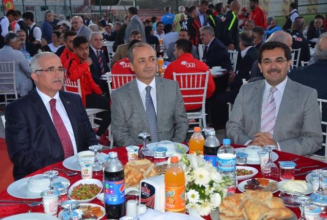 Eskişehirspor'un 3. Geleneksel İftar Yemeği