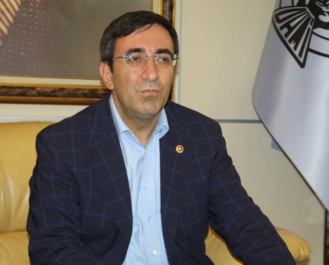 Kalkınma Bakanı Yılmaz, Silvan Barajına Yönelik Saldırıyı Kınadı