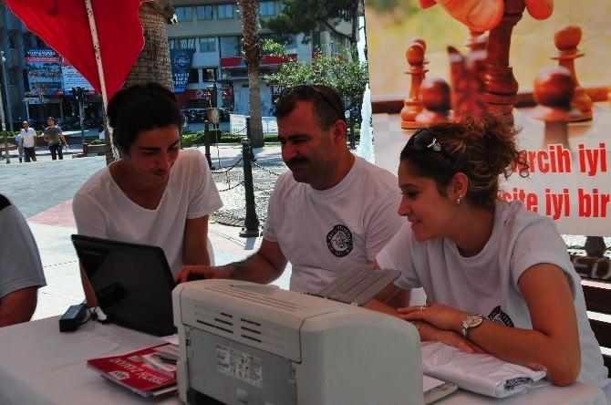 Nazilli Belediyesinden Üniversite Adaylarına Tercih Danışmanlığı Standı