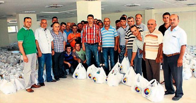 Kumluca'da 842 aileye yardım