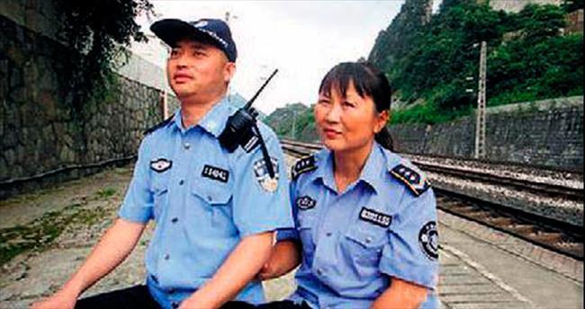 Suç işlenmeyen kente kör polis
