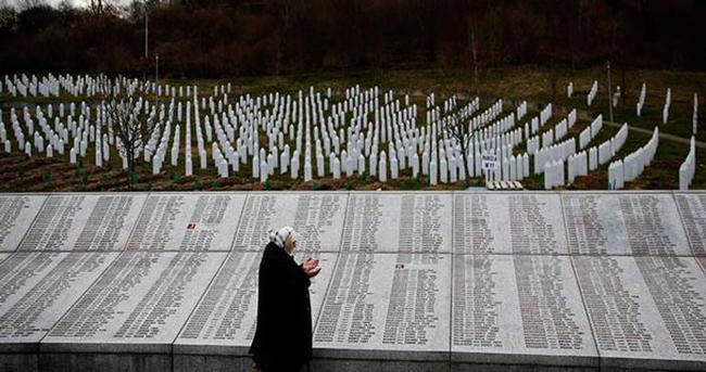 Srebrenitsa 'soykırımı' oylandı