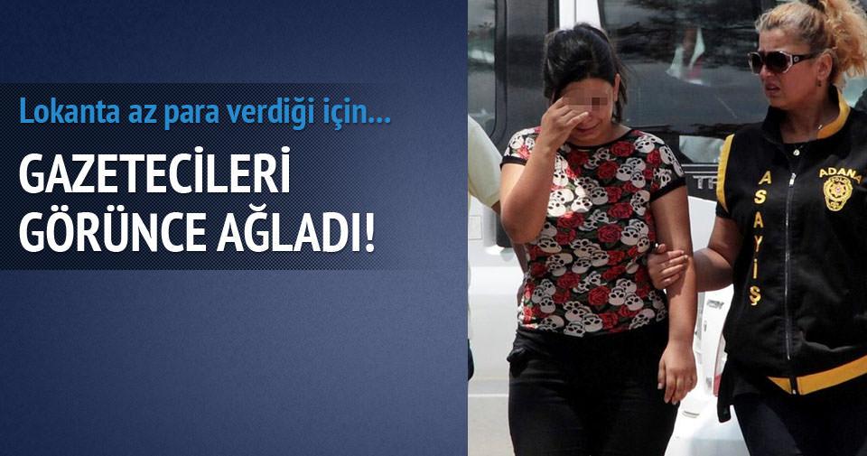 Hayat kadını gazetecileri görünce ağladı