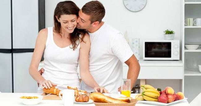 Evlilikte kadın kilo alıyor erkek veriyor