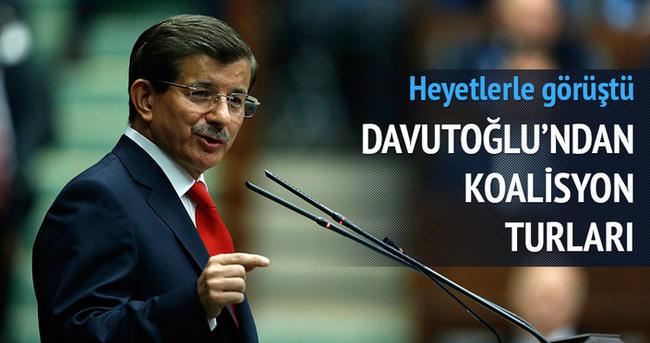 Davutoğlu koalisyon heyetleriyle görüştü
